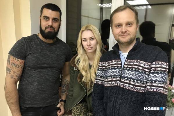 Мужскую компанию сегодня разбавила Ангелина Рунова