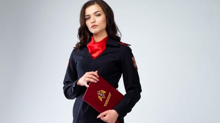 Омичка в погонах стала финалисткой конкурса Росгвардии. Её фото украсит страницы календаря