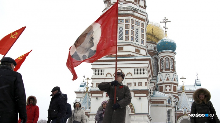Красный Омск: выясняем, зачем коммунисты продолжают ходить на митинги