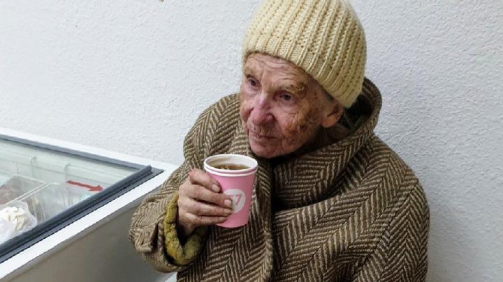 «Озябшую бабушку привели в магазин»: в Волгограде нашли пенсионерку, пропавшую два раза подряд