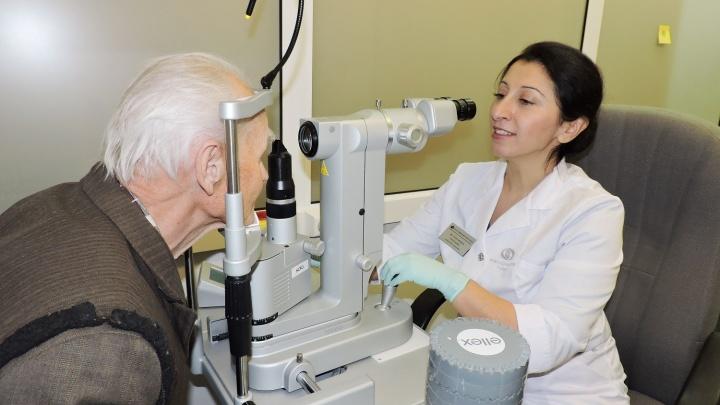 Глаукома: врачи объяснили, почему бояться нужно не лечения, а последствий