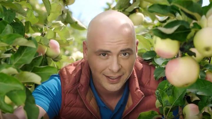 Антон Привольнов побывал в самом большом яблоневом саду