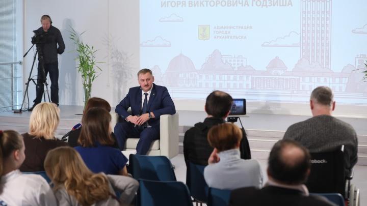 Интервью с палёной водкой: глава Архангельска — про «аварийки», «тропу Годзиша» и торговлю смертью