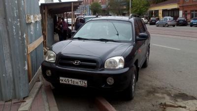 Я паркуюсь, как баран: поддерживаете ли вы воспитание кирпичом и парковку в подъездных карманах