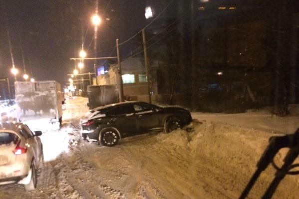 Дороги Ярославля опасны для езды. Авария на Московском проспекте