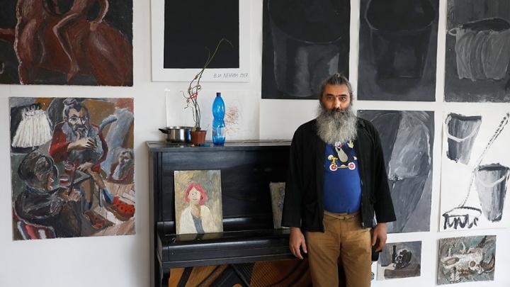 Скандальный художник Авдей Тер-Оганьян вернулся в Россию после 20 лет эмиграции