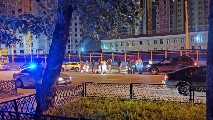 На улице Белинского таксист сбил женщину-пешехода