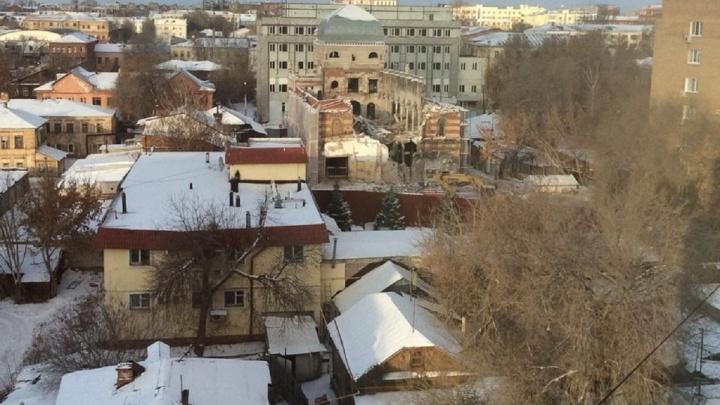 «Всё же снос?»: в Самаре у хоральной синагоги демонтировали крышу