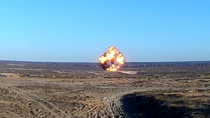 Видео дня. Смотрим, как взрывают авиационные бомбы сГосНИИ «Кристалл»