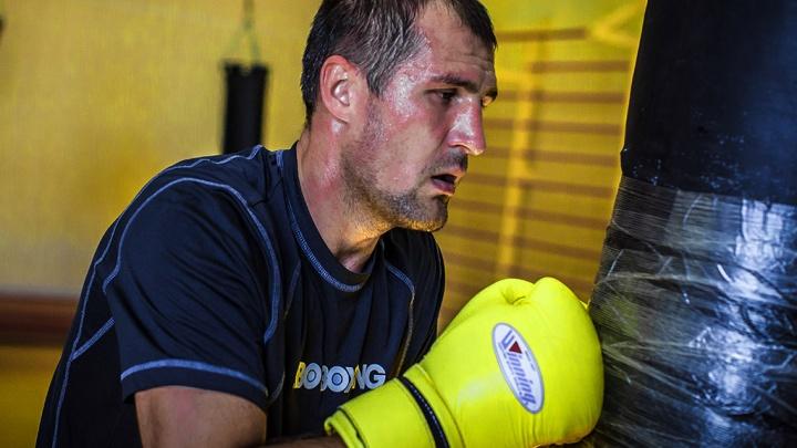«Я заберу этот пояс»: Сергей Ковалёв передумал вешать перчатки на гвоздь