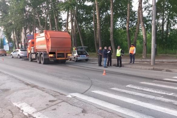 Тормозной путь грузовика был около 25 метров, пишут очевидцы
