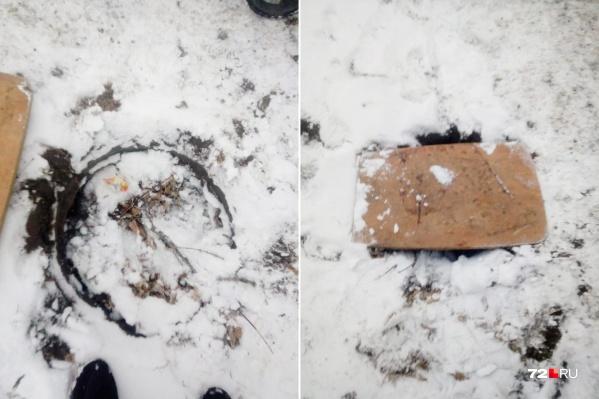 Инцидент произошел на тротуаре возле дома №9