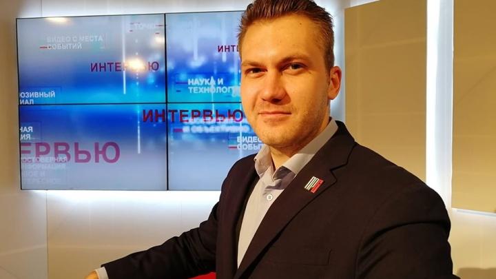 К координатору штаба Навального в Красноярске пришли силовики
