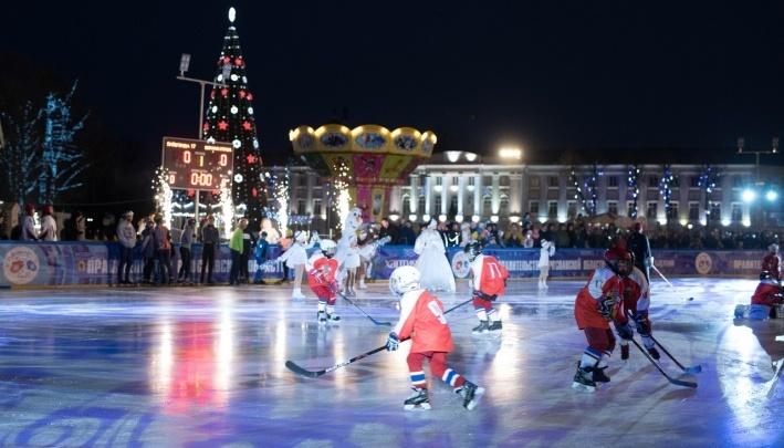 В Ярославле закрыли главный новогодний каток