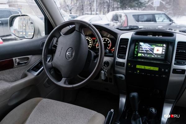 В списке арестованных машин самым дорогим стал Toyota Land Cruiser