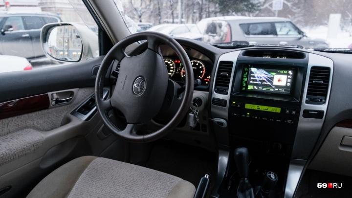 Land Cruiser и МАЗ с цистерной. За год пермские приставы арестовали машин на 420 миллионов рублей