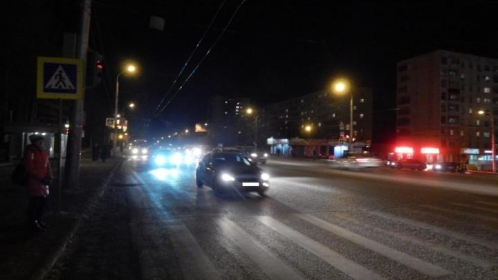 В Уфе под машину попал 15-летний парень