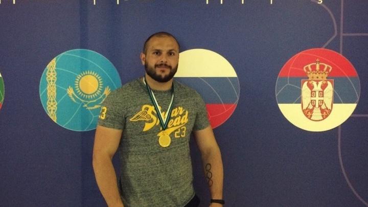 В Екатеринбурге прошёл Кубок области по армрестлингу среди людей с ограниченными возможностями