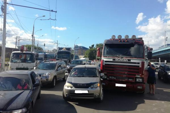 Первая авария произошла в 17:30