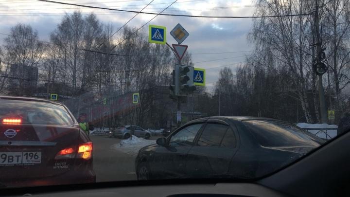 Не работают даже светофоры: во всем Пионерском из-за аварии отключился свет