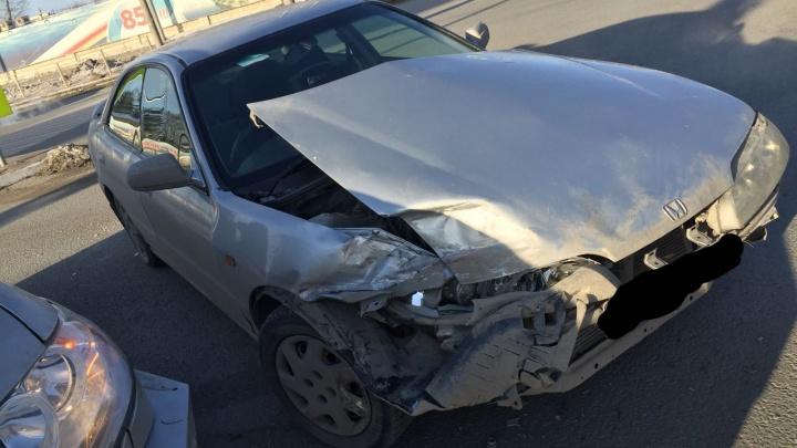Водитель «УАЗ Патриот» проехал на красный свет и попал в ДТП
