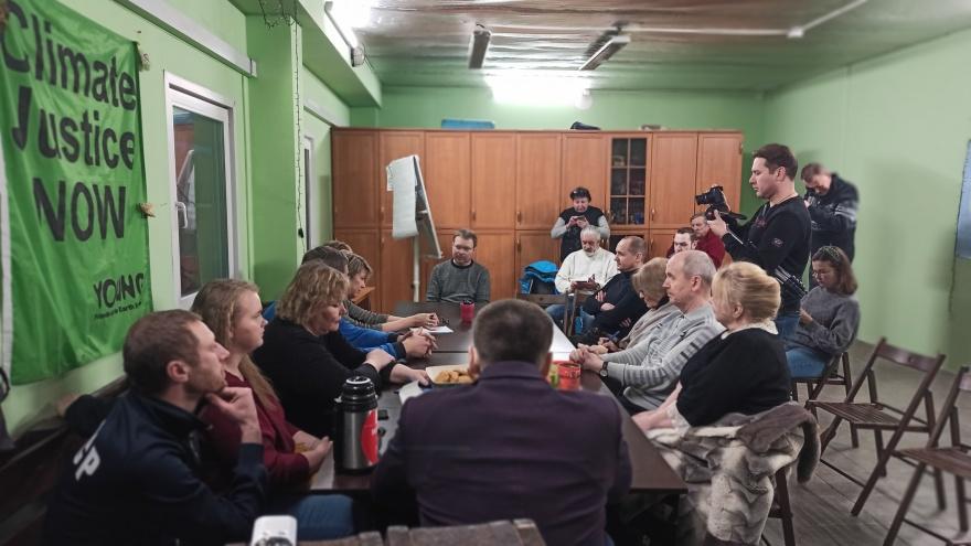 Вчера свободно, сегодня занято: в Архангельске кафе и гостиница не пустили активистов обсудить Шиес