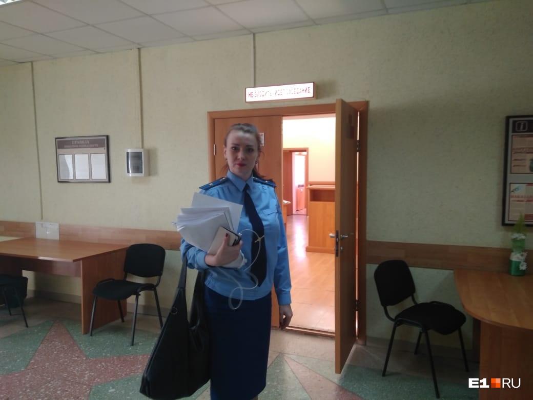 Ульяна Жевлакова заявила, что ГУФСИН нарушает правила сопровождения подростков