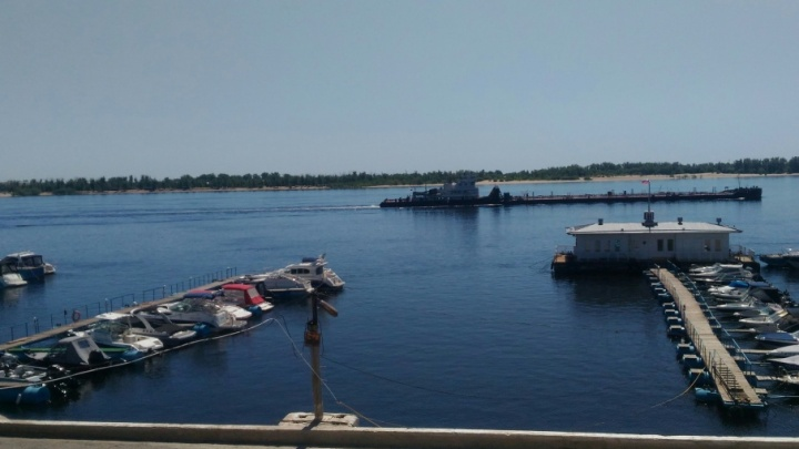 В Волгограде перестали выходить на воду прогулочные катера и яхты
