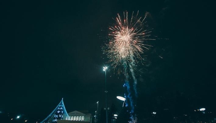 Выходные в Тюмени: Рождественский бал в Хогвартсе, старый Новый год с оркестром