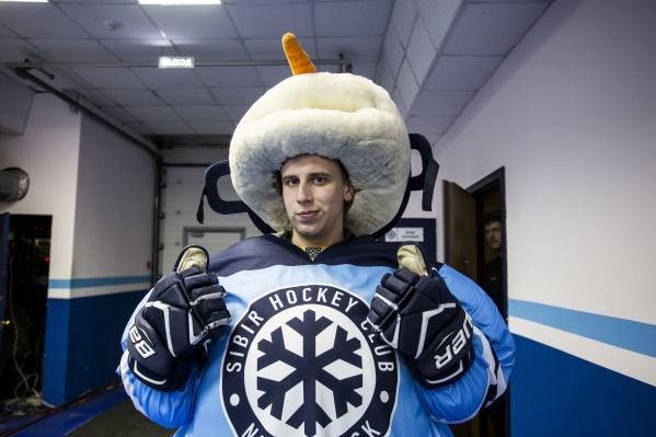Дмитрий Меренков стал талисманом «Сибири» в 2012 году
