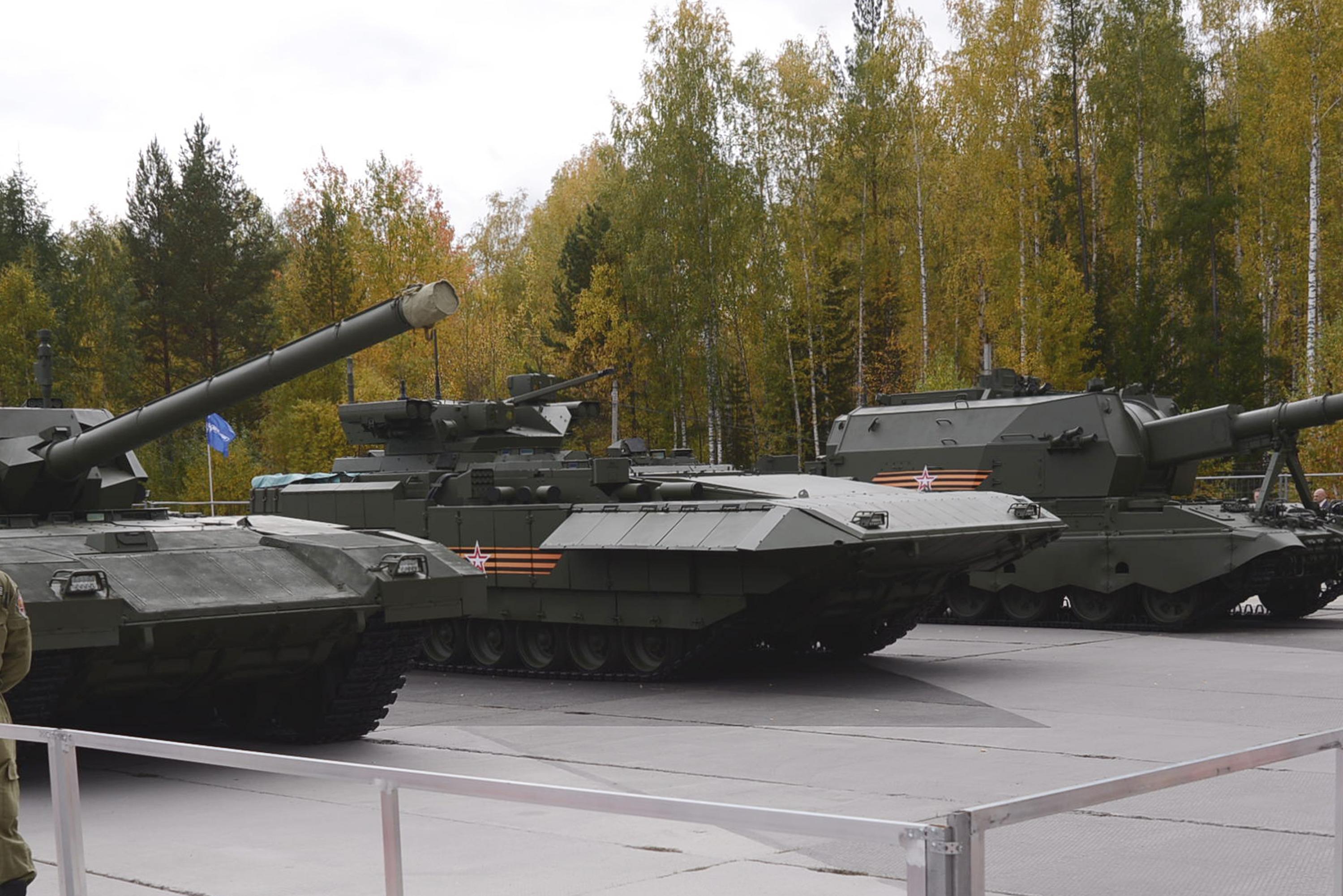 Т-15 в центре