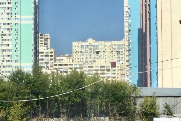 Место, где в будущем могут появиться три высотных дома