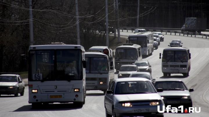 В Стерлитамаке за долги арестовали три машины