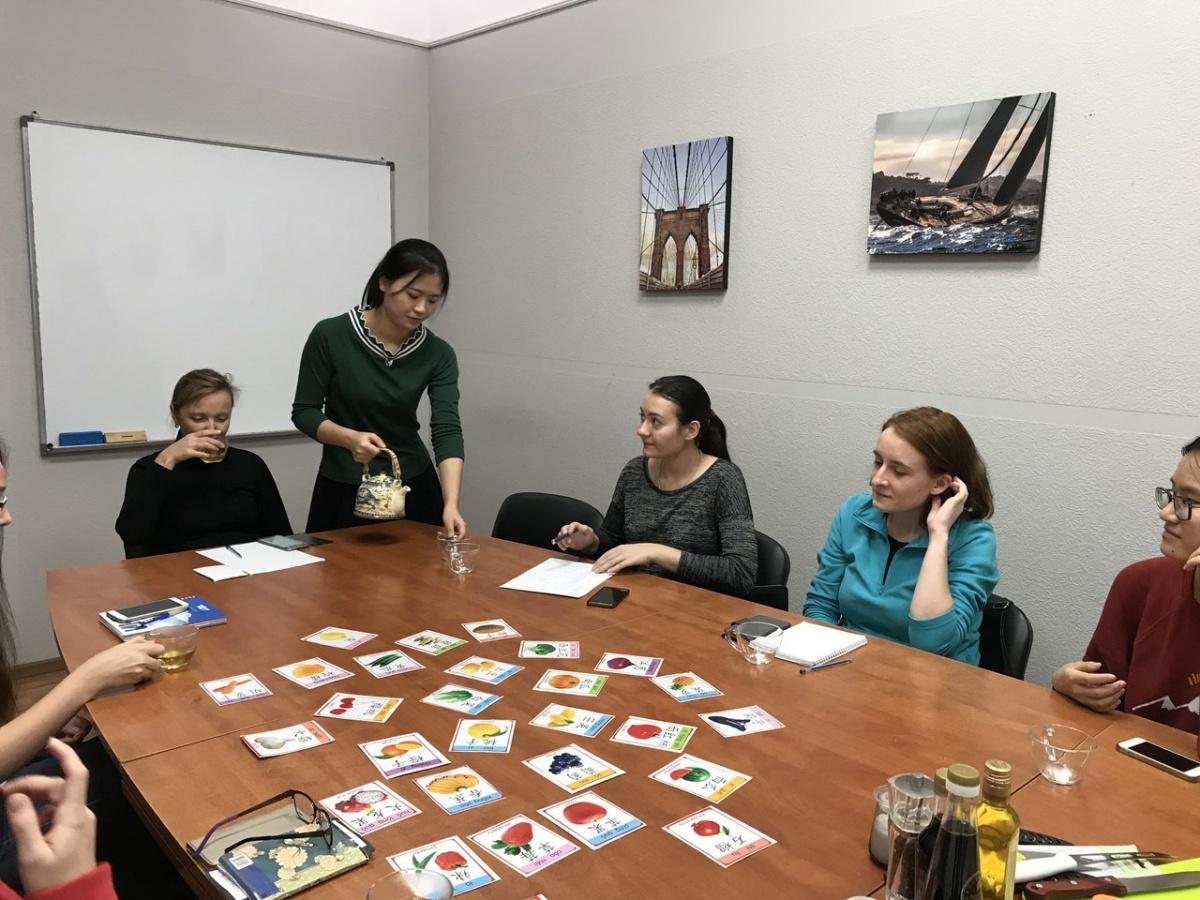 Люди смотрят на Восток: в Екатеринбурге резко вырос спрос на изучение китайского языка