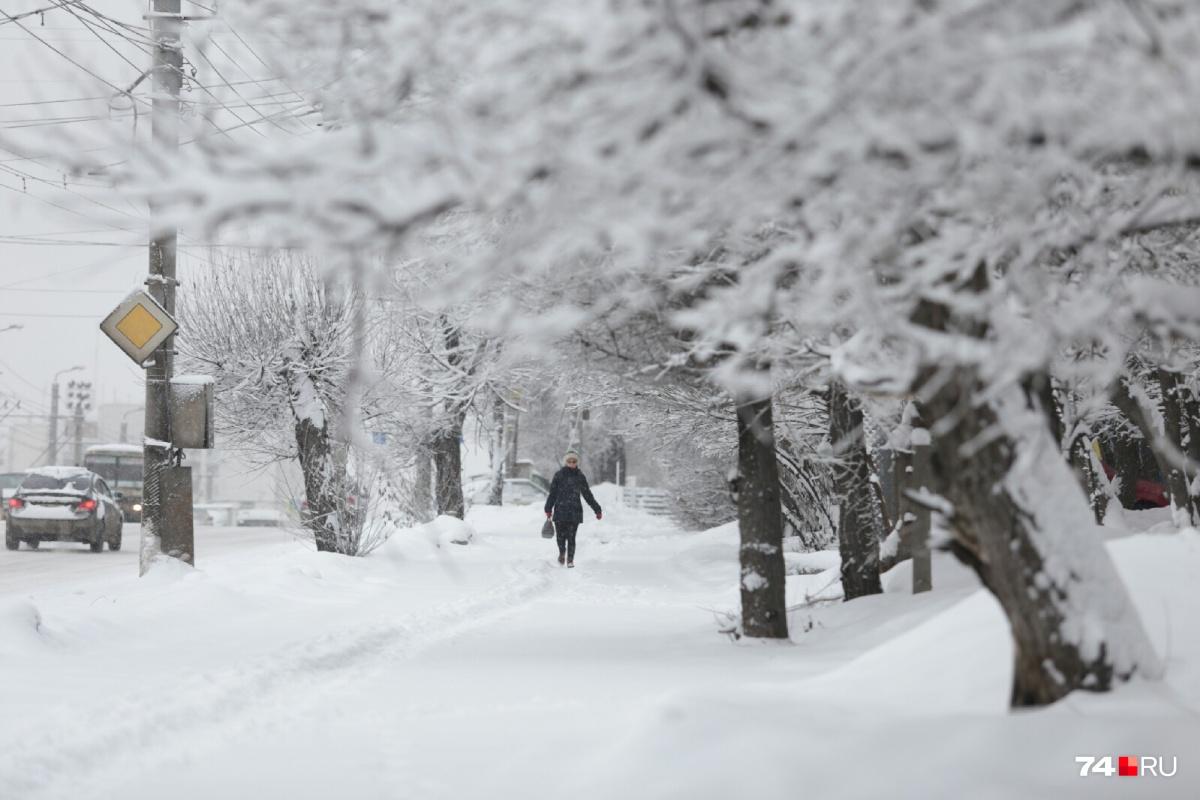 В ближайшие дни будет тепло, но снежно. На дорогах опять появится гололёд