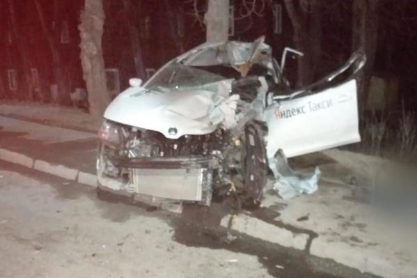 Водитель столкнулся с погрузчиком и скончался от полученных травм<br>