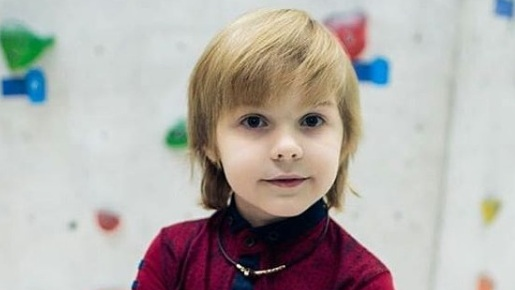 Чтец-первоклассник из Кольцово стал«Маленьким мистером Сибири»