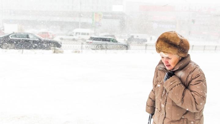 Весна задерживается: в Новосибирск идут снег с дождём и порывистый ветер