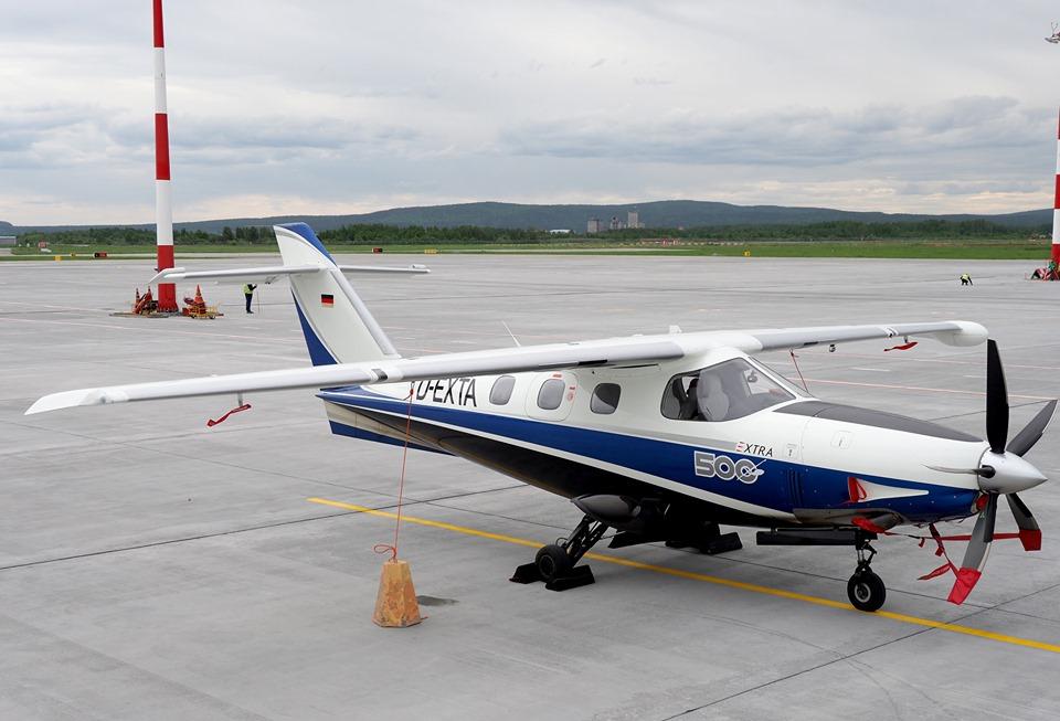 Легкомоторные самолеты вмещают не больше двух человек