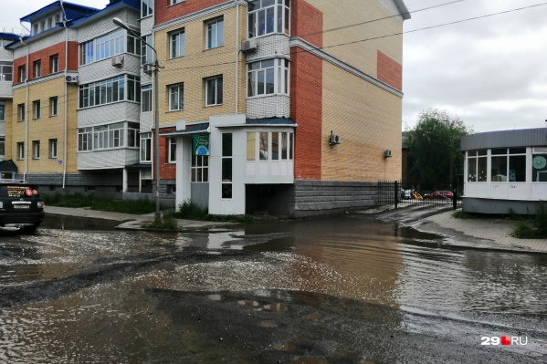 Так выглядит Поморская после дождя