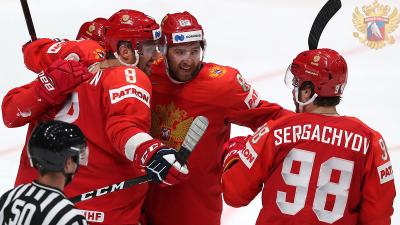 Валидольный матч: сборная России удержала преимущество в игре с США и вышла в полуфинал ЧМ