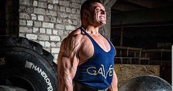 Самый сильный человек планеты впервые приехал в Красноярск и шокировал сообщением о своей травме