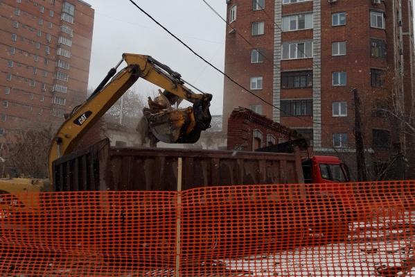 """Старинное здание находится на территории школы <nobr class=""""_"""">№ 29</nobr>"""