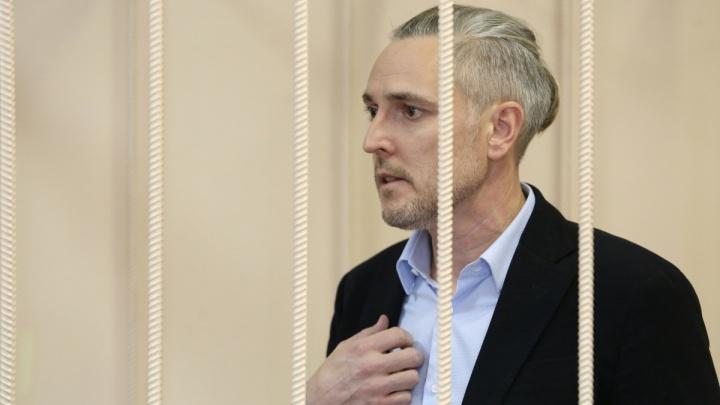 «Хотят разрушить бизнес»: суд продлил заключение под стражей бывшему сити-менеджеру Миасса
