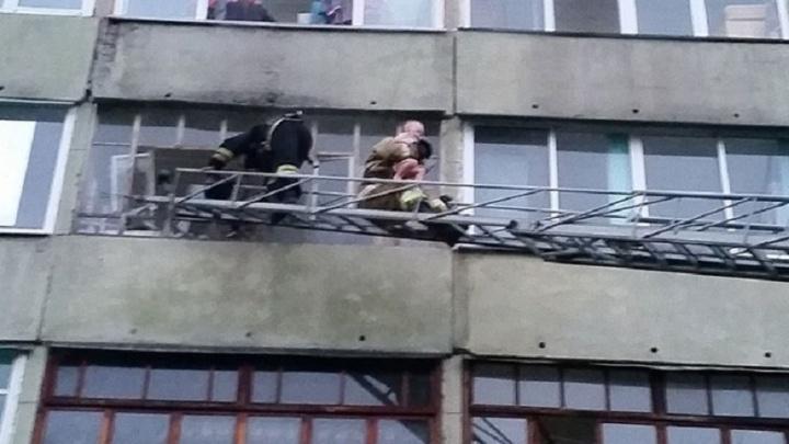 В Шадринске из огня спасли девять человек