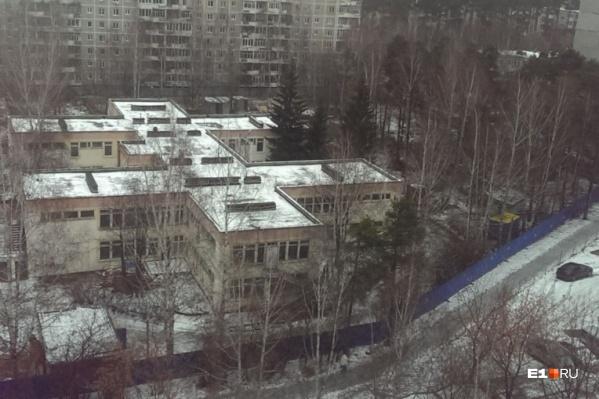 Огромный детский сад на 300 мест думали снести и построить на его месте высотки