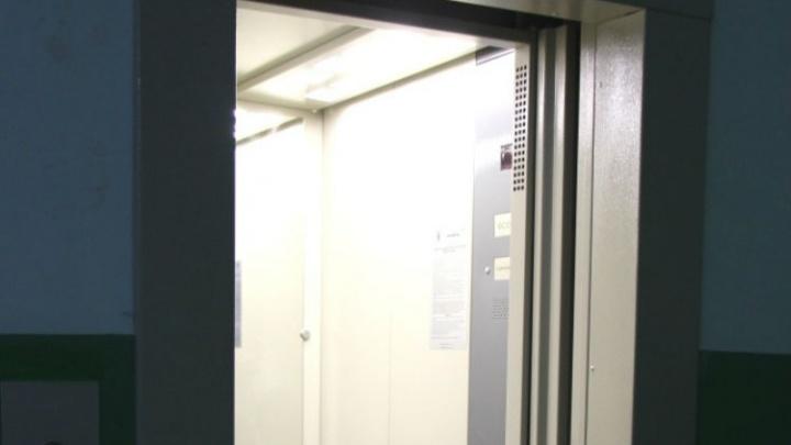 В Башкирии мужчину зажало лифтом: тело обнаружили жильцы дома