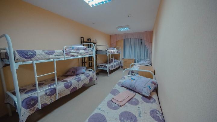 Исправительная колония или детский летний лагерь под Тюменью: угадываем по фото казённый дом