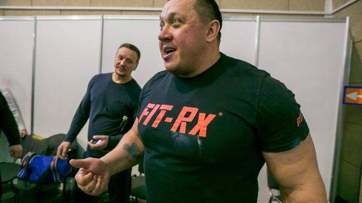 Именитый пауэрлифтер Михаил Кокляев в Красноярске дал 4 ироничных совета для каждого мужчины