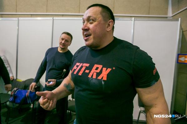 Михаил Кокляев был ведущим первого этапа чемпионата России по силовому экстриму, который прошёл в Красноярске